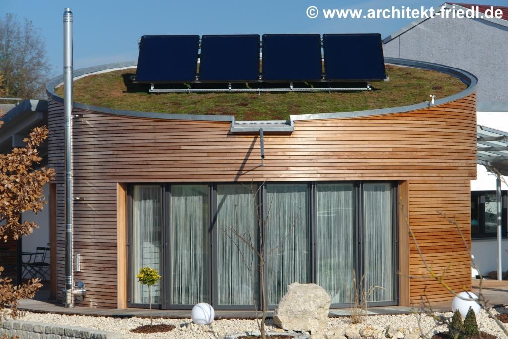 kleines rundes passivhaus ganz gro klimaschutz ist unser handwerk. Black Bedroom Furniture Sets. Home Design Ideas